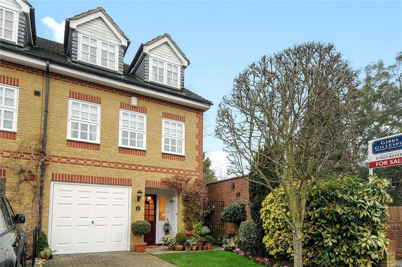 3 Bedrooms End Of Terrace House for sale in Reginald Road, Northwood, Middlesex, HA6