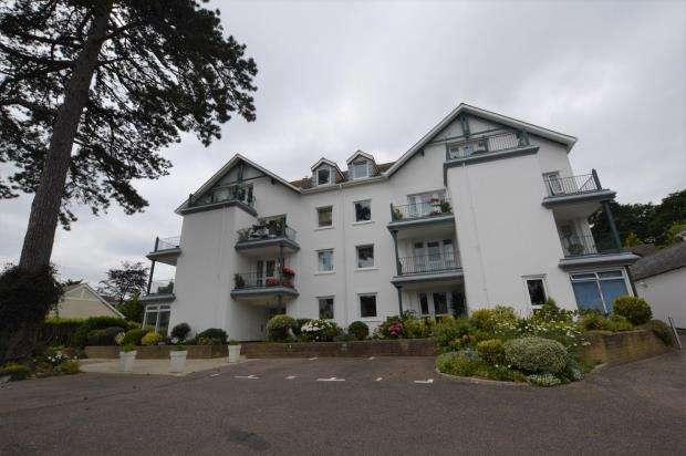 2 Bedrooms Flat for sale in Woodhaye Gardens, Old Torwood Road, Torquay, Devon