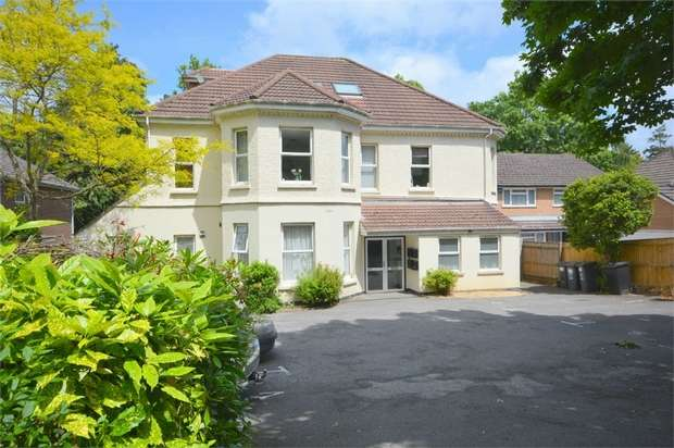 3 Bedrooms Flat for sale in Surrey Road, Westbourne, Bournemouth