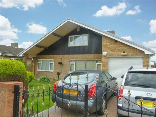 3 Bedrooms Detached Bungalow for sale in Crookesbroom Lane, Hatfield, Doncaster, South Yorkshire