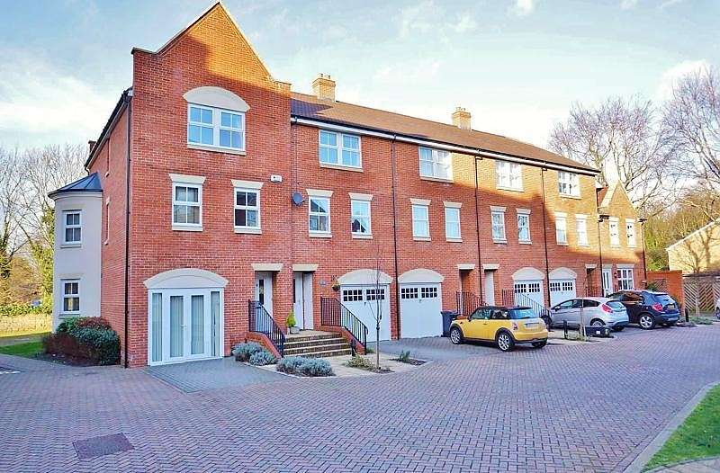4 Bedrooms End Of Terrace House for sale in Ock Bridge Place, Abingdon-on-Thames, OX14