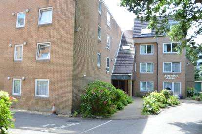 1 Bedroom Flat for sale in 30A Wimborne Road, Bournemouth, Dorset