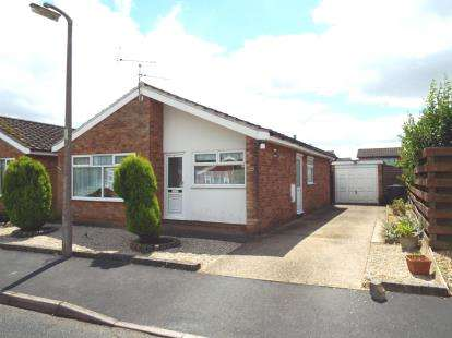 2 Bedrooms Bungalow for sale in Witchford, Ely, Cambridgeshire