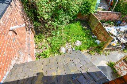 3 Bedrooms Terraced House for sale in Westfield Lane, Mansfield, Nottinghamshire