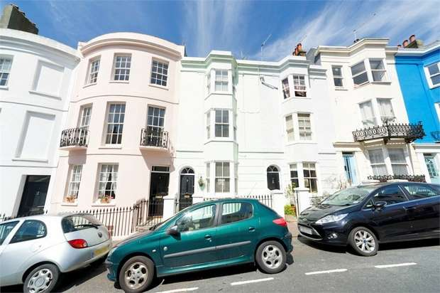4 Bedrooms Terraced House for sale in Norfolk Road, Brighton, East Sussex