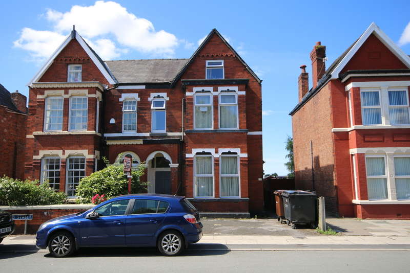 3 Bedrooms Maisonette Flat for sale in Portland Street, Southport
