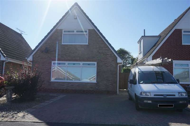 2 Bedrooms Detached House for sale in Fenton Close, Osgodby, YO11 3QS