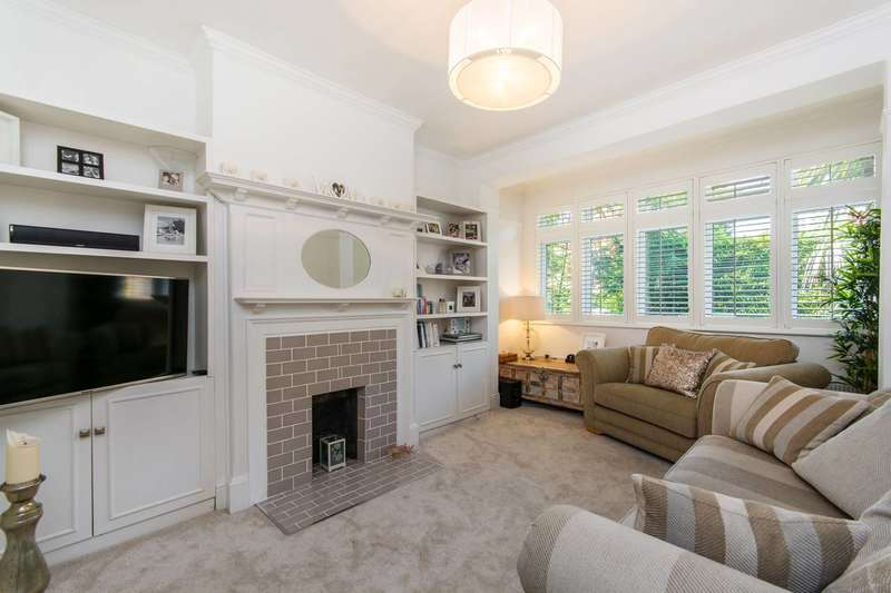 4 Bedrooms House for sale in Valley Road, Streatham, SW16