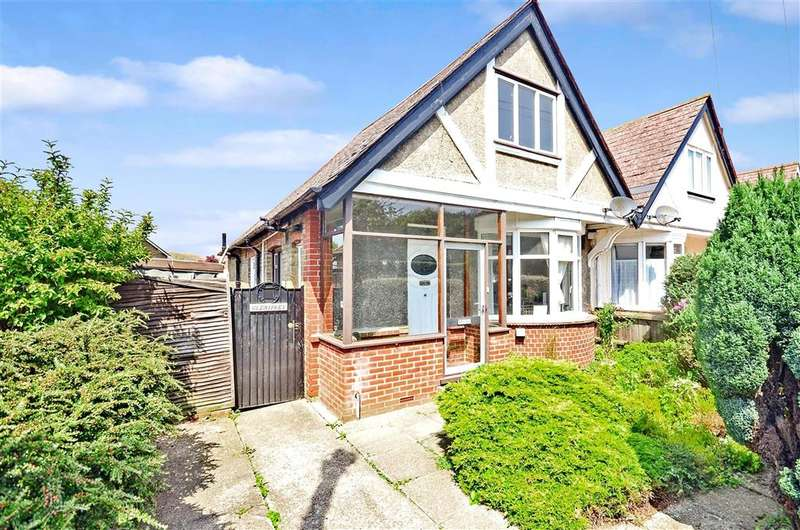 3 Bedrooms Semi Detached Bungalow for sale in Beacon Road, Broadstairs, Kent