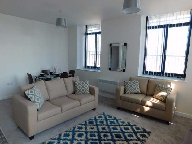 2 Bedrooms Apartment Flat for rent in Manor Apartments Manor Row, Bradford, BD1