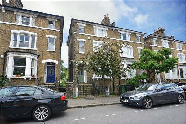6 Bedrooms House for sale in Wemyss Road, London