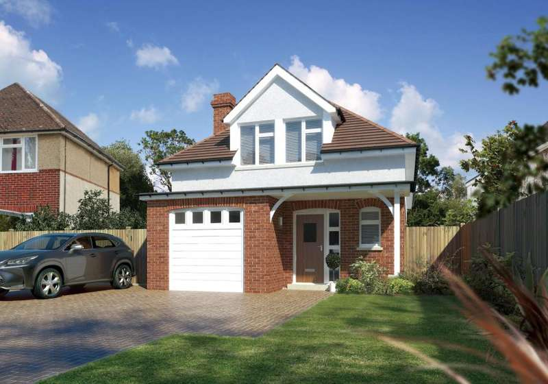 4 Bedrooms Detached House for sale in North Poulner Road, Ringwood, BH24 1SP