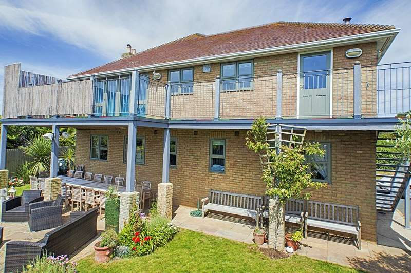 4 Bedrooms Detached House for sale in Shorwell, Isle of Wight