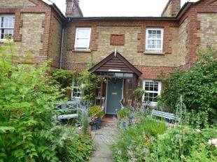2 Bedrooms Terraced House for sale in West Street, Hunton, Maidstone, Kent