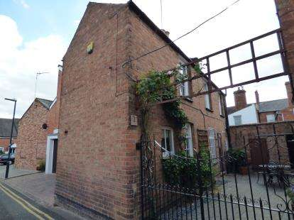 2 Bedrooms Detached House for sale in Lansdowne Road, Leamington Spa, Warwickshire, England