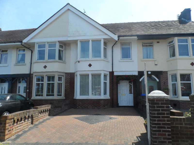 3 Bedrooms Property for sale in 197, Blackpool, FY3 7AA