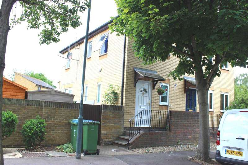 2 Bedrooms Semi Detached House for sale in Camelot Close, Thamesmead West, SE28 0ES