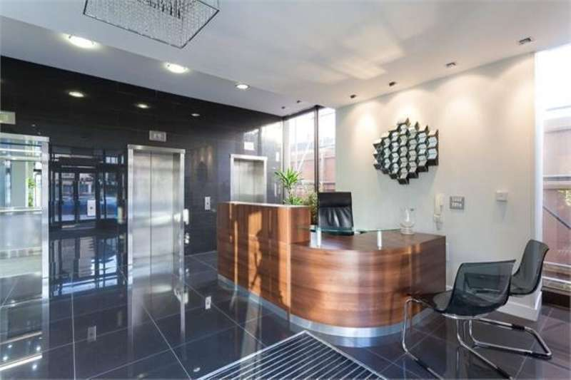 2 Bedrooms Flat for sale in Lower Stone Street, Maidstone, ME15