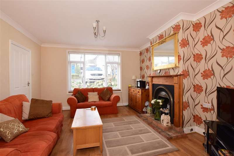 3 Bedrooms Semi Detached House for sale in Chipstead Road, Erith, Kent