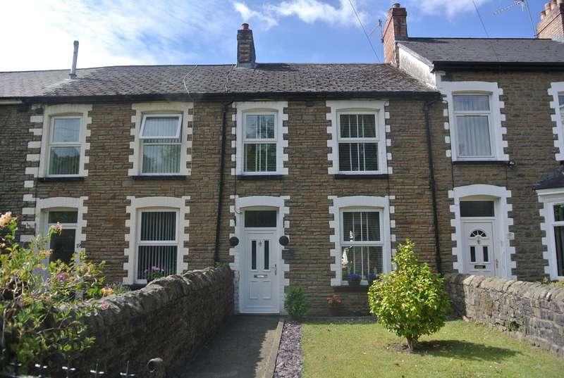 3 Bedrooms Terraced House for sale in Lewis Terrace, Pontnewynydd, Pontypool, NP4