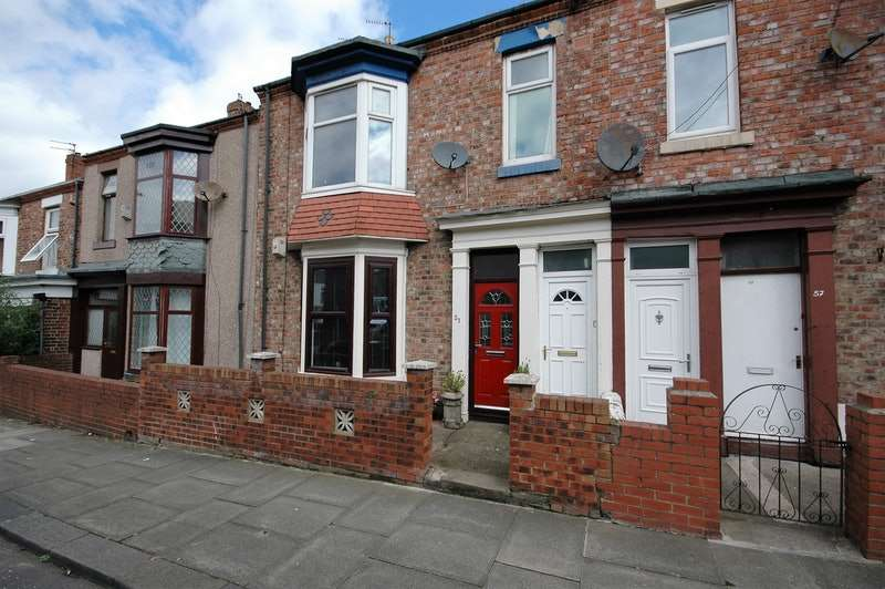 2 Bedrooms Flat for sale in 51, Northcote st, South Shields, Tyne and Wear, NE33