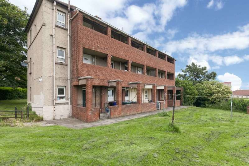 1 Bedroom Ground Flat for sale in Lochend Road South, Edinburgh, EH7 6BP