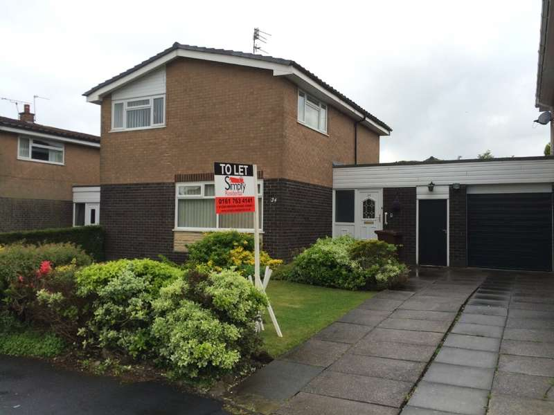 4 Bedrooms Detached House for sale in Avondale Drive Holcombe Brook Bury