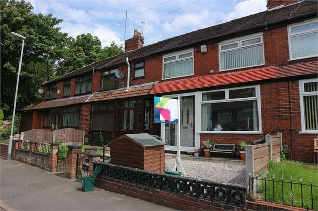 3 Bedrooms Terraced House for sale in Stirling Road, Chadderton, Oldham, Lancashire