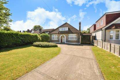 4 Bedrooms House for sale in Days Lane, Sidcup