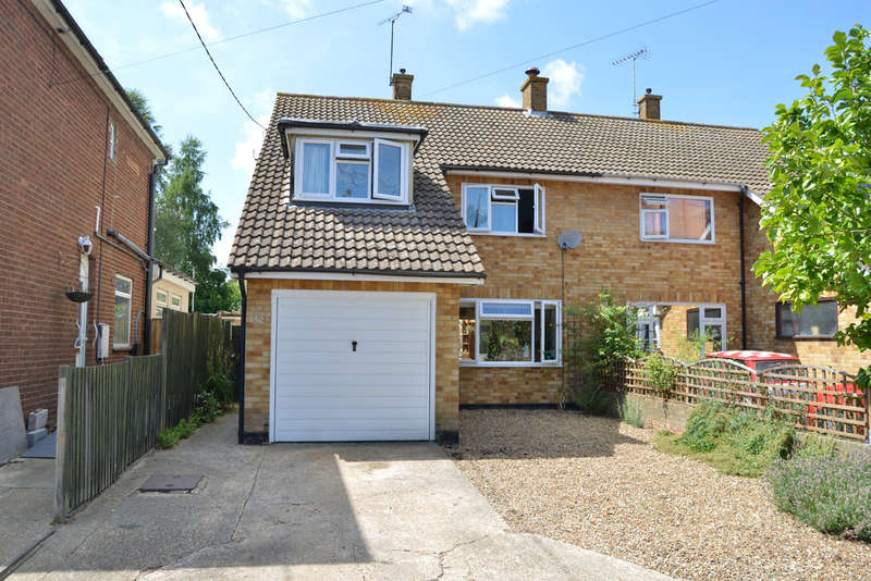 3 Bedrooms Semi Detached House for sale in New Road, Burnham-on-Crouch