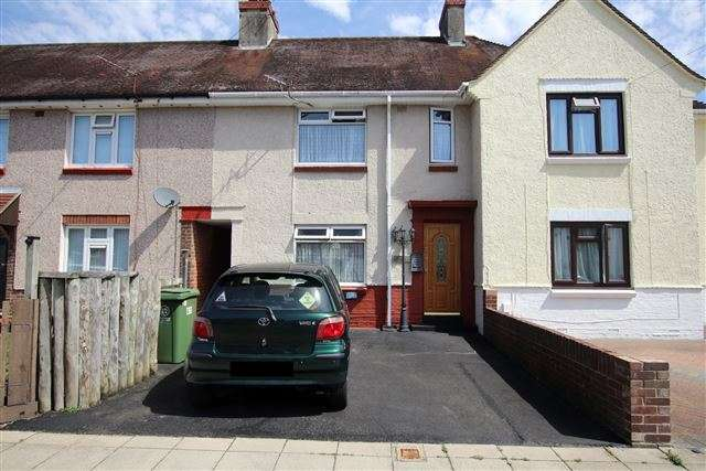 3 Bedrooms Terraced House for sale in Sandown Road, Cosham, Portsmouth, Hampshire, PO6 3HL