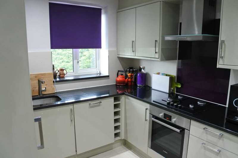 1 Bedroom Studio Flat for sale in Longbridge Road, Dagenham