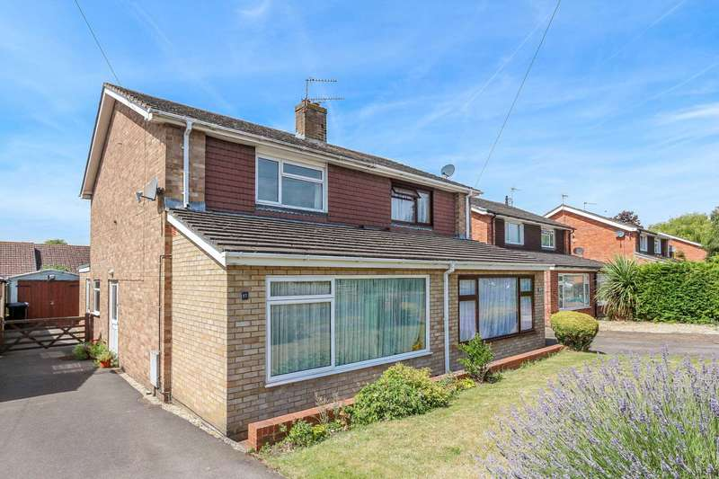 3 Bedrooms Semi Detached House for sale in Westfield Road, Benson