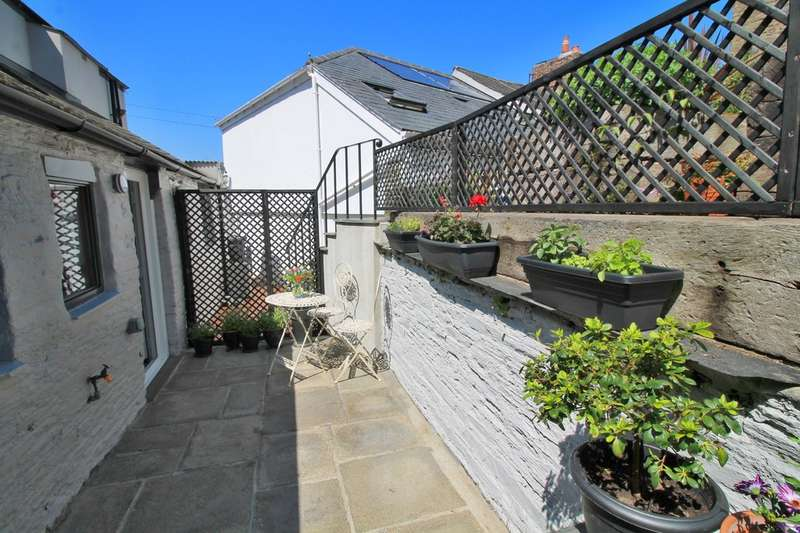 2 Bedrooms Flat for sale in Kingsbridge , Devon