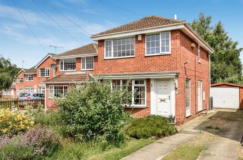 3 Bedrooms Detached House for sale in Tennyson Avenue, Harrogate, HG1 3LF