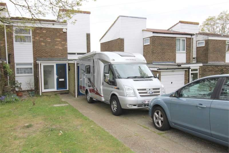 3 Bedrooms House for sale in Nares Road, Rainham