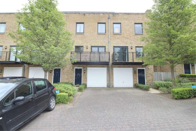 4 Bedrooms House for sale in College Road, Chatham