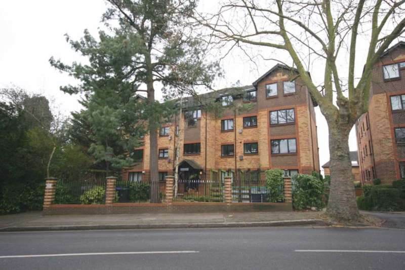 2 Bedrooms Apartment Flat for sale in Blyth Wood Park,, Blyth Road
