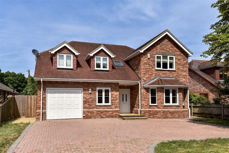5 Bedrooms Detached House for sale in Sandy Lane, Wokingham