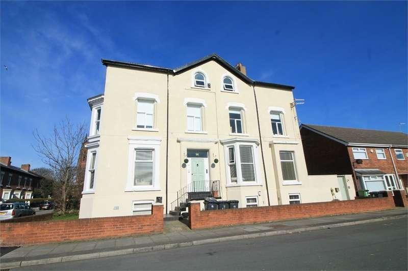 2 Bedrooms Flat for sale in 14 Brunswick Parade, WATERLOO, Merseyside