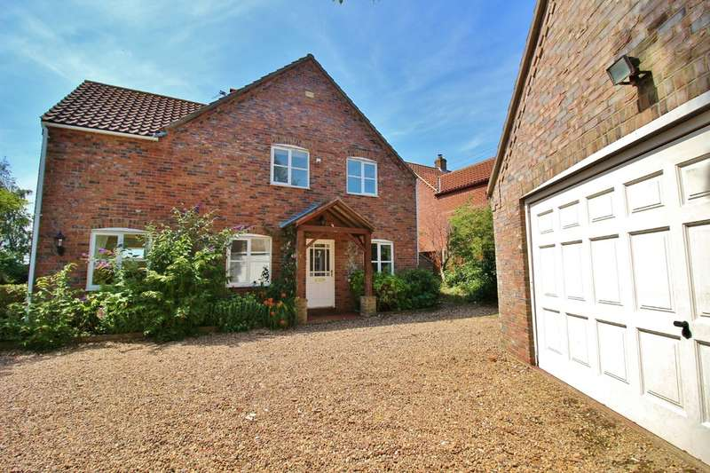 4 Bedrooms Detached House for sale in Barn Lane, Runham, Great Yarmouth