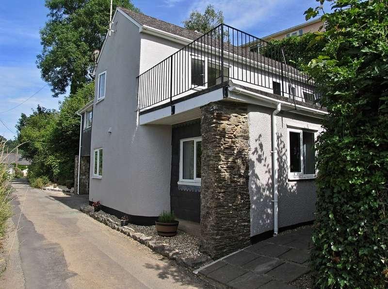 3 Bedrooms Unique Property for sale in Harbertonford, South Devon TQ9
