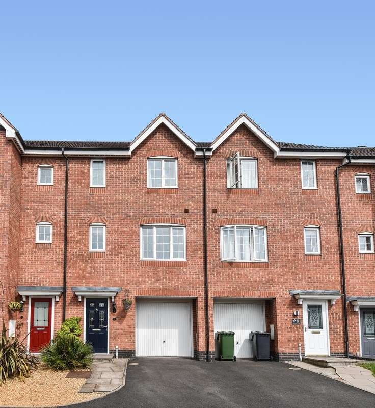 4 Bedrooms Town House for sale in Marlgrove Court, Marlbrook, Bromsgrove