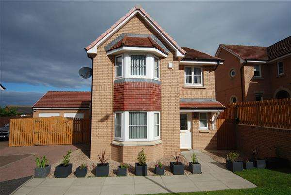 3 Bedrooms Detached House for sale in Denny Crescent, Saltcoats