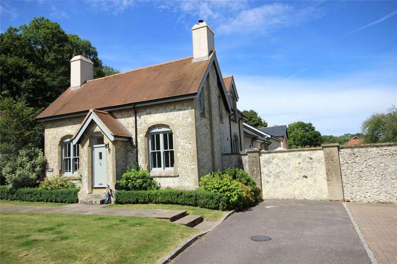 3 Bedrooms House for sale in Le Court, Selborne Road, Liss, Hampshire, GU33