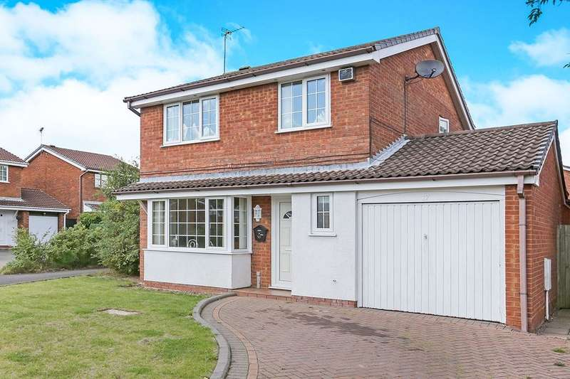 3 Bedrooms Detached House for sale in Clover Dale, Perton, Wolverhampton, WV6