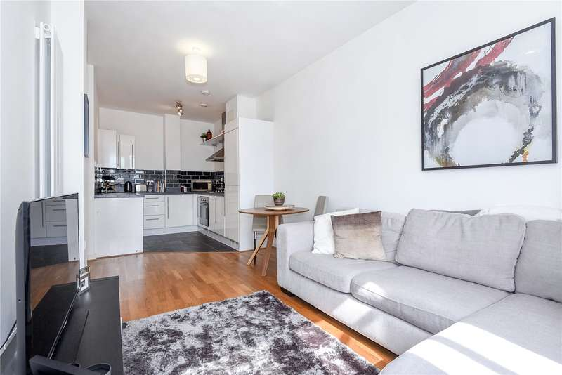 1 Bedroom Apartment Flat for sale in Astral Court, Station Approach, South Ruislip, Middlesex, HA4