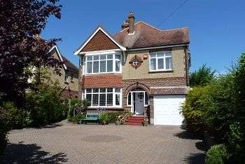 4 Bedrooms House for sale in Havant Road, Farlington, Portsmouth, PO6 1DB