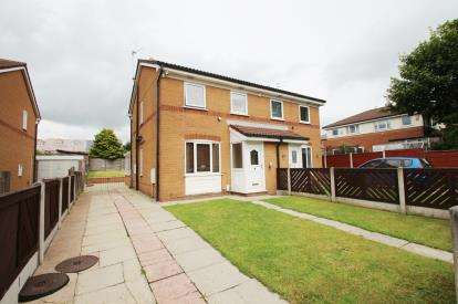 2 Bedrooms Semi Detached House for sale in Wilson Street, Hollin Bank, Blackburn, Lancashire, BB2