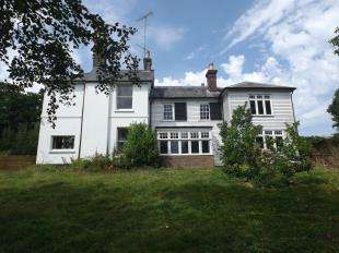 6 Bedrooms Detached House for sale in Highgate Hill, Hawkhurst, Cranbrook, Kent